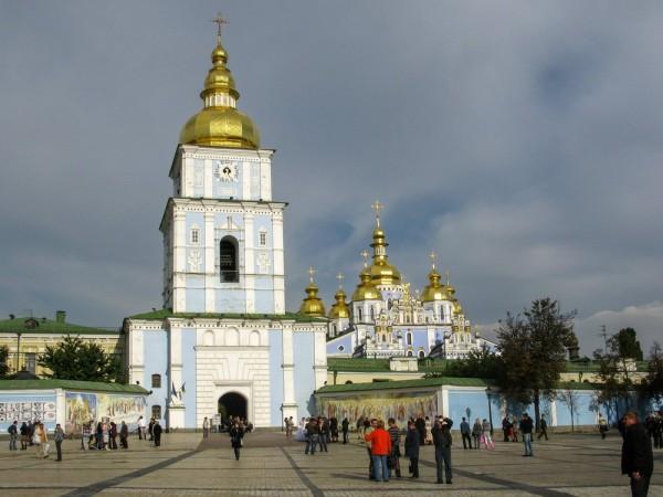 Свято-Михайловский Златоверхий мужской монастырь